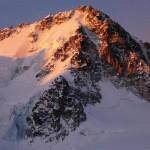 Lever de soleil sur l'éperon nord du Chardonnet